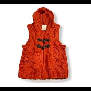 FREE PEOPLE WOMEN'S CABLE KNIT HOODED SWEATER VEST